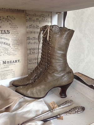 Victorian ladies boots