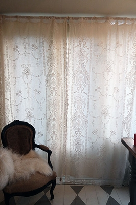 stel antieke kanten gordijnen ca 120 x 260 cm