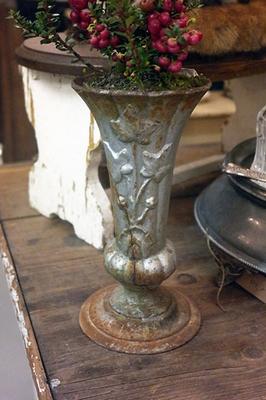 French grave vase