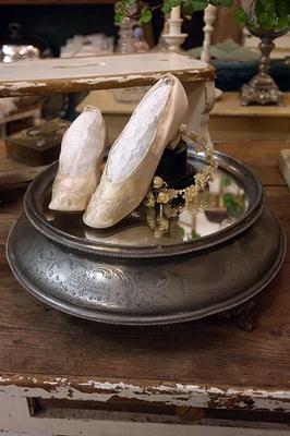 Victorian wedding cake stand