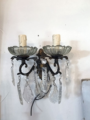 Pair of wall lights, chandeliers