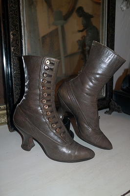 Victorian button up boots
