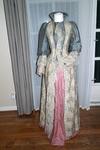 Victoriaanse bustle gown, princess gown
